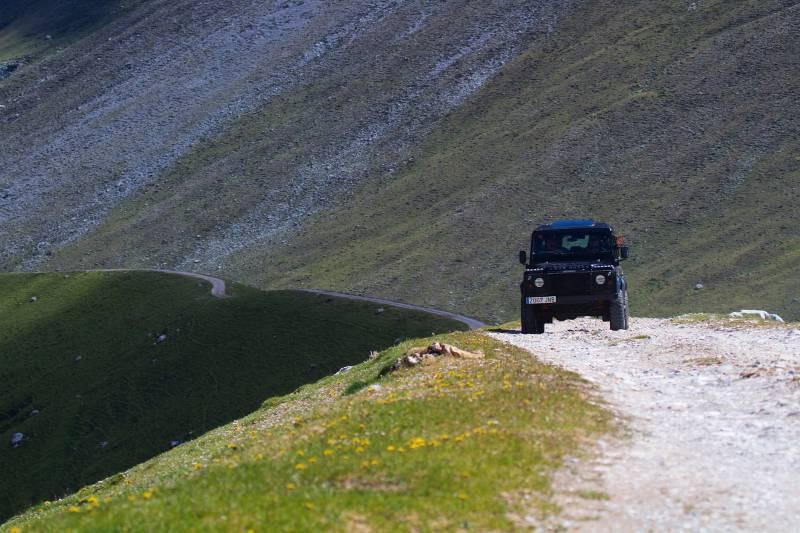 Haciendo la Ruta en 4x4 por Picos de Europa   venapicos.com